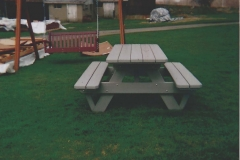 Leroys' Picnic Table