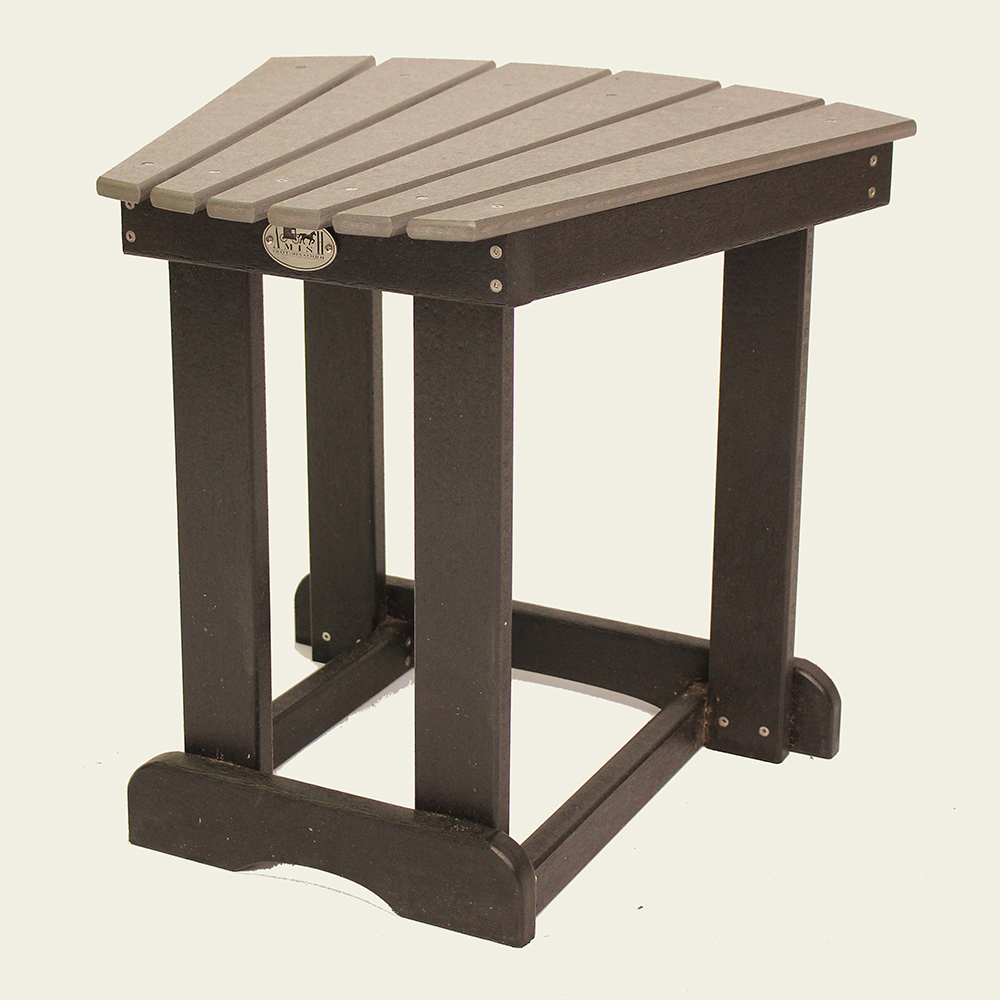 Exceptional Wedge Accent Table   DT01