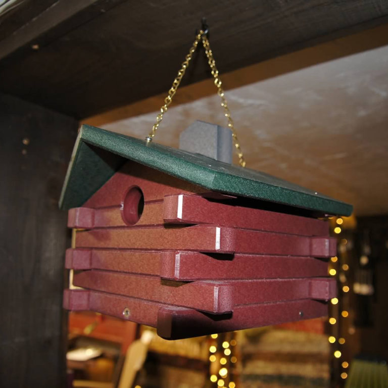 Log Cabin Birdhouse - AC11